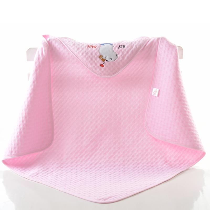 綺麗め コットン 3色選択可  刺繍 軽さ ハンディ 子供布団 子供用品