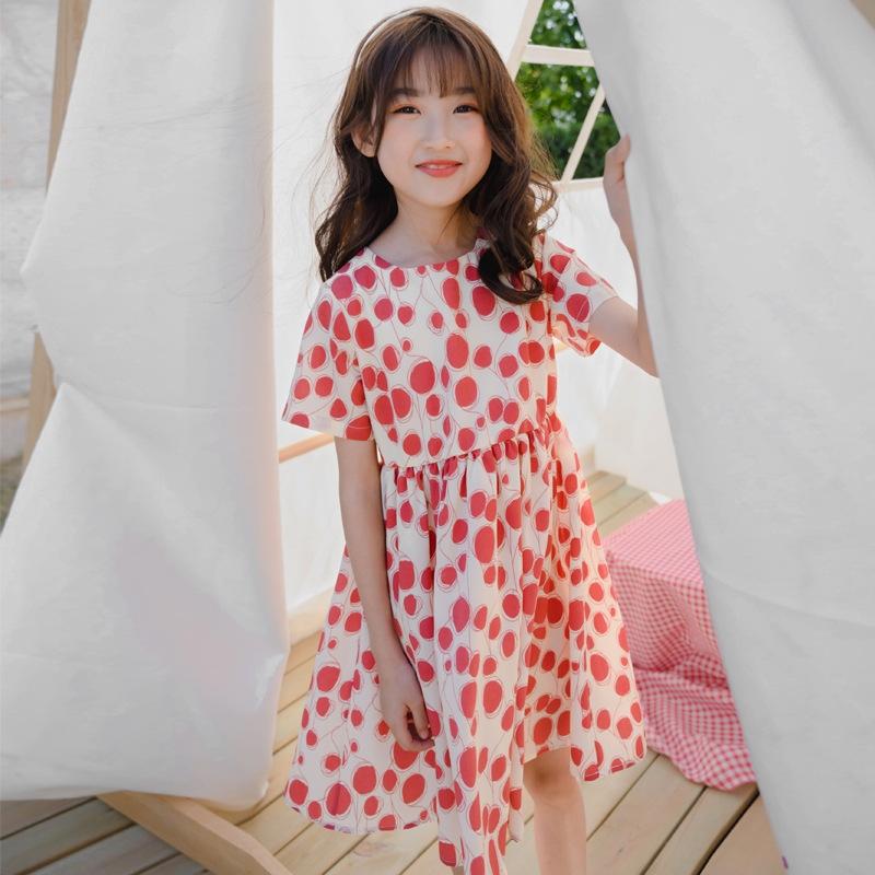 気質溢れる♪ 個性的なデザイン♪  抜群の肌触り 肌に優しい ポリエステル ドット柄 ワンピース 子供服